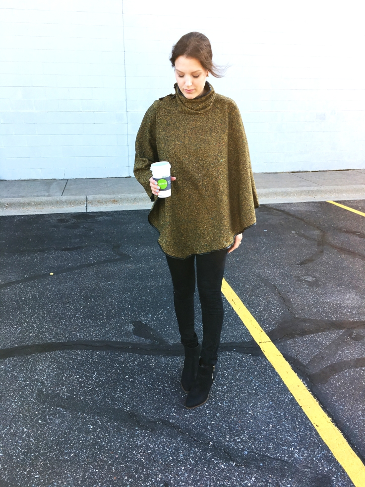 looking-down-picture-for-blog-post-blogger-of-trunk-up-boutique-collab-olive-cape-poncho-coffee-and-vero-moda-leggings-with-black-justfab-just-fab-booties