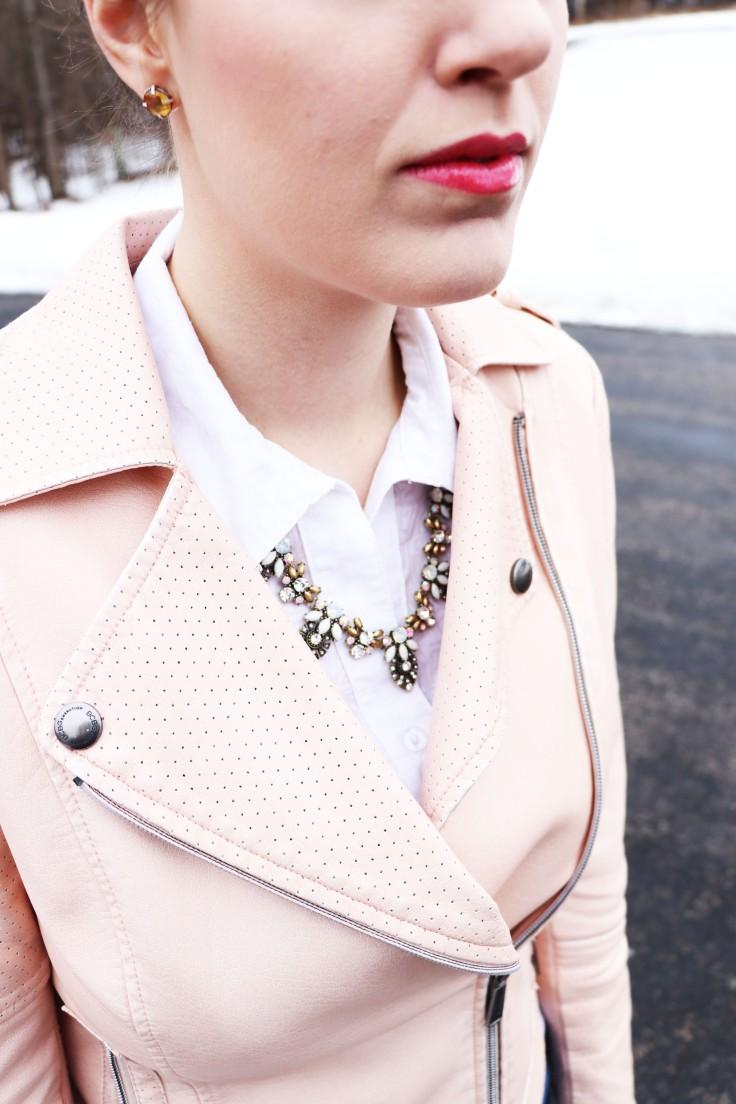 necklace-closeup-blog-blogger-style-fashion-rocks-box