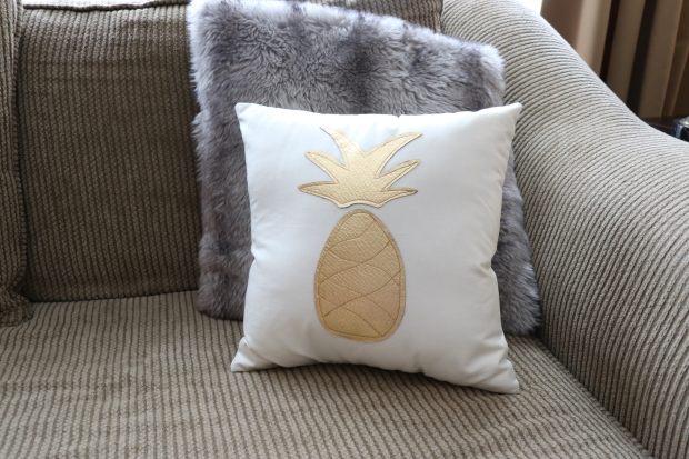 pineapple pillow 2