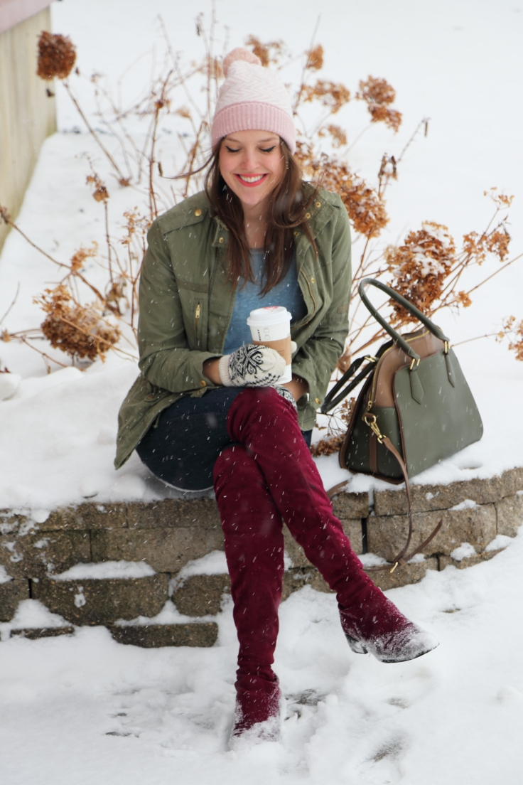 blogger on a snow day outfit to wear in the winter outift idea